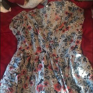 Baby doll flowery top
